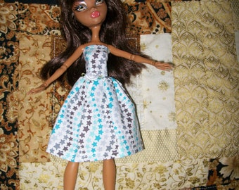 Handcrafted Dress made to fit the original Monster High Dolls   (item D30)