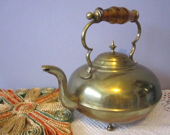 Brass Teapot with Amber Handle Toddy Kettle footed tea pot Rustic Decor - Lovely Glass Handle and feet
