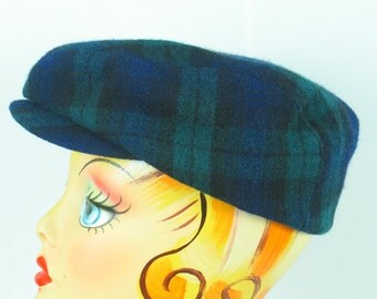 1980's Great Gatsby Newsboy Cap 'Lady Stetson' Blue Green Plaid Hat Rare vintage 1980's in excellent vintage condition.
