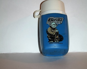 Incredible 1981 Lucasfilms Star Wars EMPIRE STRIKES BACK Blue Plastic Thermos!  Yoda!  8 Ounces / White Cap & Original Stopper!  Yoda Rules!