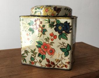 vintage Daher tea tin florals cottage chic container