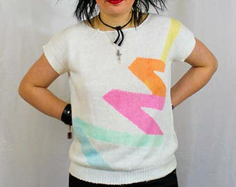 Huge Sale!!! Cute Abstract 80s Mini Vintage Zig Zag Pastel Pullover Sweater