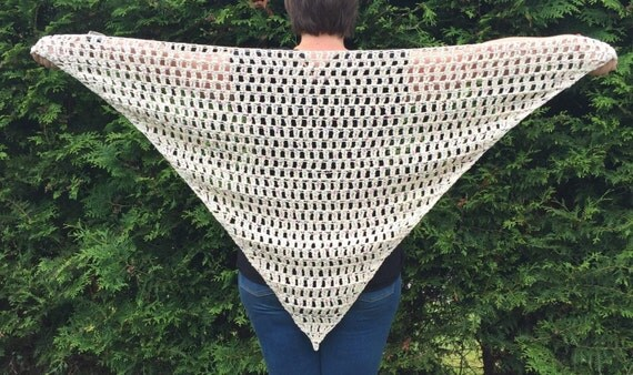 The Actus Shawl – a shawl crochet pattern