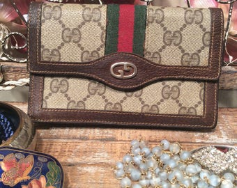 Vintage 1980's Gucci Wallet with Card Slots *Free Shipping*