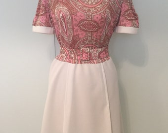 1970s Pretty Paisley Print Dress