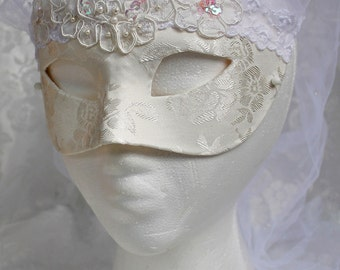 Satin Bridal Masquerade Mask, White Satin Brocade Wedding Masquerade Mask With Veil