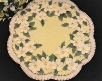 APPLE BLOSSOMS Wool Applique Cath Penny Rug Candle Mat    Pattern only
