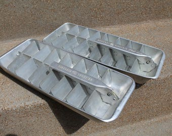 Vintage Aluminum Ice Cube Tray, General Electric Ice Cube Tray, General Electric Redi-Cube Tray, Set of 2, Kitchen Collectibles 70's