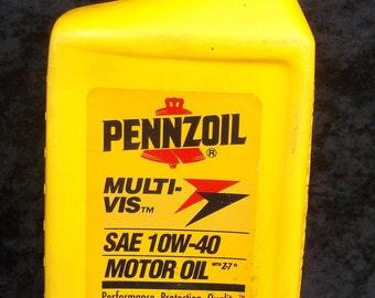 Vintage Pennzoil, Multi-vis, SAE 10W-40 Motor Oil, Oil City Pa, 1 quart plastic bottle, empty,