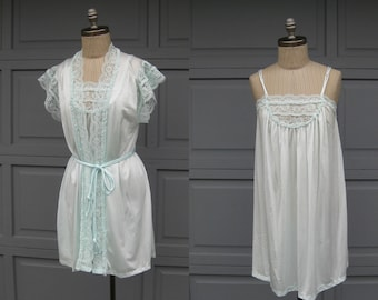 Vintage Baby Doll Nightie Nightgown Robe Peignoir Pale Blue Aqua Lace Short Bust 40 Medium Large 1960 Summer Maternity Pregnancy Lingerie