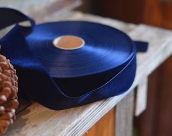 large dark navy velvet ribbon