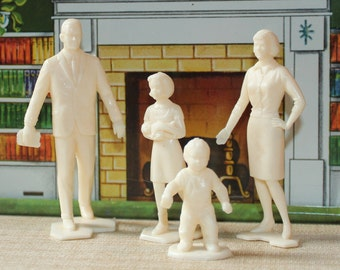 Marx Dollhouse furniture family of 4  tin litho plastic half scale figures or people 1960s version