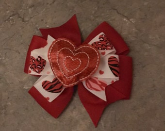 Valentines Day hair bow - lights up hairbow - motion heart hair bow -  hearts - gift for child - gifts under 5 - Valentines