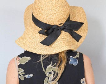 Gorgoues Oversized Floopy Sunhat by Liz Claibourne