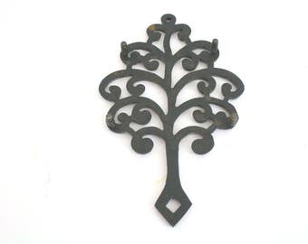 Vintage WILTON Cast Iron Trivet Pot Holder Tree of Life