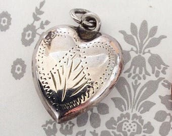Sweet vintage sterling silver puffy heart pendant charm
