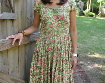 1950s floral day dress pink green M
