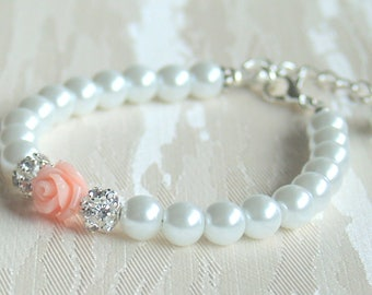 Flower girl bracelet Pink rose bracelet Pearl flower girl bracelet White flower girl bracelet Pearl Wedding flower girl Pink bracelet