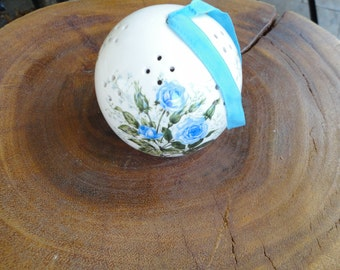 Vintage Porcelain Potpourri Sachet