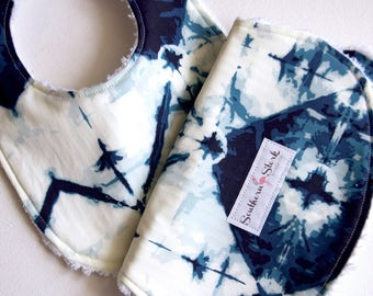 Bib and Burp Cloth Set - Navy Shibori