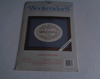 Weekenders ALWAYS WELCOME Stamped Cross Stitch Kit Mat Included NEW