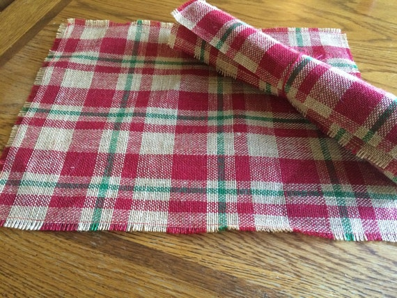 Christmas plaid burlap placemats, red and green burlap holiday table setting