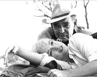 Marilyn Monroe and Clark Gable on the set of The Misfits 1960. # 3