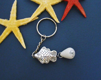 Foodie gift Fish Keychain Fisherman gift Silver fish charm White Howlite stone keychain Car jewelry Fish Handbag Sea ocean Coworker gift dad
