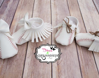 Baby Baseball Moccasins, Baby Shoes, Newborn Moccasins, Newborn Shoes, Custom Baseball Moccasins