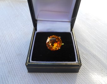 Vintage Ring Faceted Yellow Citron  Glass Ring Size 6.5