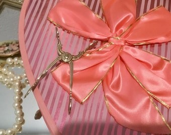 Pretty,  intage, Valentines Day Candy Box