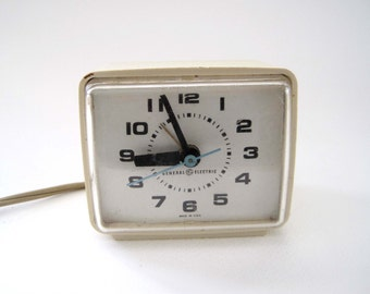Mid Century Alarm Clock, General Electric GE, Taupe Square Design, Bedside Clock, Desk Clock, 1950s, Made in USA