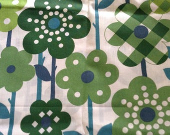"""Approx 44"""" x 50"""",Floral, vintage,poly cotton, new condition,teal,lime green, forest green, medium green, fabric"""
