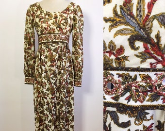 1960s Maxi Dress / 1970s Holiday Dress / Holiday Gown / Vintage Floral Winter Dress / Tapestry Print Dress / Sparkly Holiday Gown