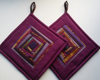 Purple Pot Holders Quilted Potholders  Fabric Hot Pads Padded Potholders Patchwotk Potholders  Gift Set Of 2
