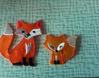 Fox patch 1 x small, 1 x large