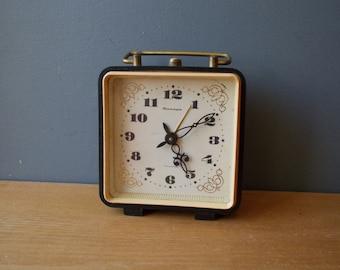 Vintage Bell Alarm Clock JANTARJ / Working / Black and gold Vintage Alarm Made in USSR / Retro alarm clock