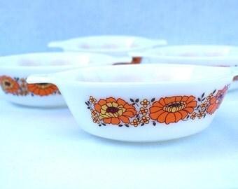Vintage JAJ Pyrex, Sunflower Design X4 Soup Bowls/Serving Dishes/Small Casserole Oven Proof bowls, Edition 663.