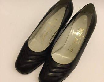 Vintage sixties black shoes heel shoes 36.5 uk3 .5