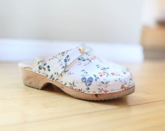 vintage white floral leather sweden wooden clogs womens 9 40
