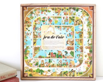 French vintage small horses and goose game. Vintage wooden boardgame. French board game goose. Game goose. Game wooden tray. Wooden tray.