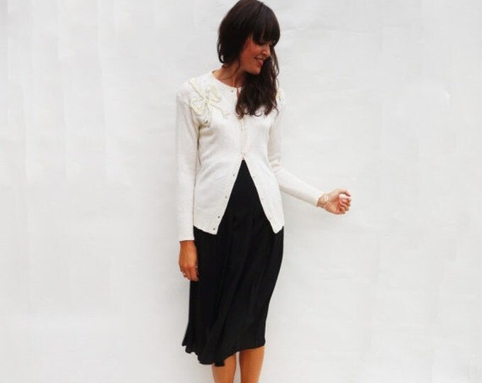 High Waisted Skirt, Vintage 1980s Black Pleated Skirt, Fitted Skirt, Vintage Midi Skirt, Womens Skirts, Long Skirt, 80s Vintage Skirt, Small