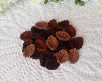 20 Crochet Leaves in brown tone colors - 1 1/2 inch or 3,7 cm