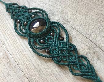 Hematite macrame bracelet by Belisamag, macrame crystal bracelet, tribal gipsy jewelry, gemstone bracelet, green macrame bracelet.