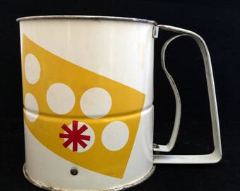 Vintage Mid Century 1950s Androck Enameled 3 Screen Flour Sifter