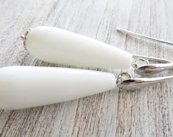 White agate earrings, drop earrings, sterling silver 925, uk gemstone jewelry, dangle earrings, teardrop earrings, gift for her, gioielli