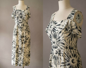 vintage 1940s dress / 40s floral rayon dress / small-medium