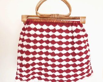 Vintage 60's/70's Hand Knit Purse/ Yarn Tote Bag- Red and White Crochet with Bamboo Wooden Handles- Ladies Handmade Yarn Hobo Bag
