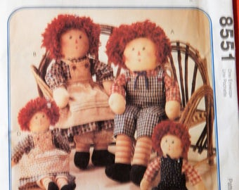 McCall's 8551 Raggedy Ann and Andy doll pattern in two sizes Uncut