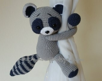 1 Raccoon Crochet curtain tie back,  Handmade Raccoon curtain tie back. Nursery tie backs.  MADE TO ORDER***